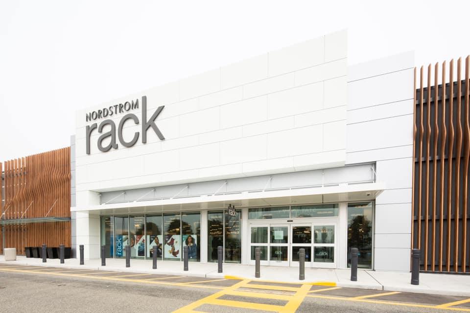 nordstrom rack langley now open hours