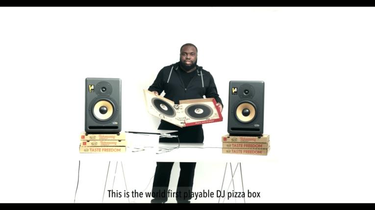 Pizza Hut DJ caixa URBe