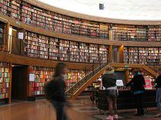 Biblioteca publica de Estocolmo.2.jpg