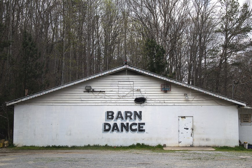 Barn Dance advertised outside Mentone, Alabama