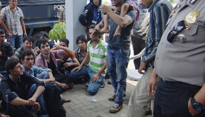 Two injured men among 110 Pakistanis deported by Turkey