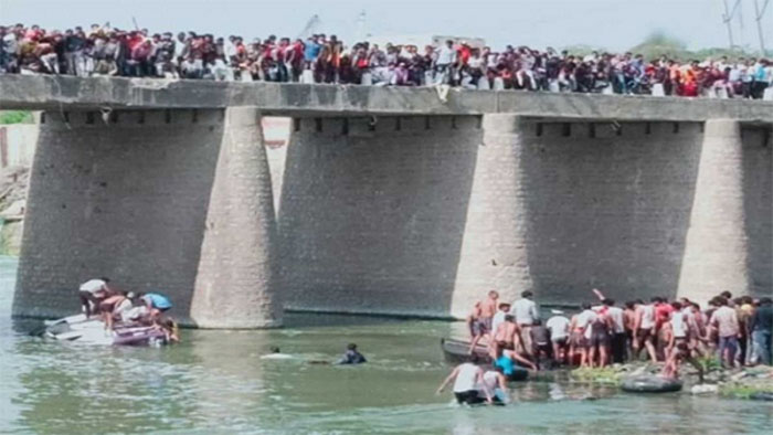 25 died after bus carrying wedding party fell into Mej river in Rajasthan