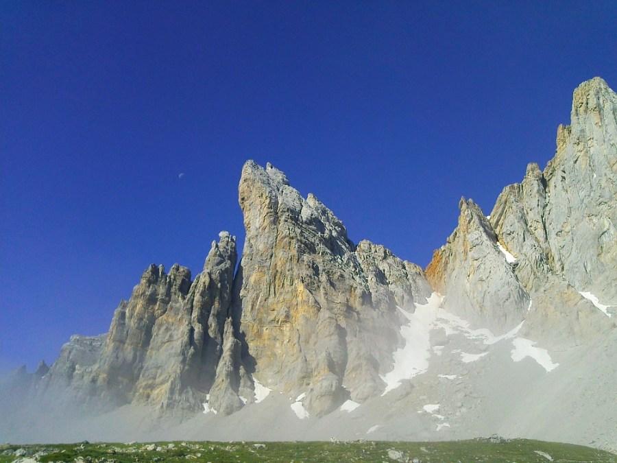 Aiguilles d'Ansabère - Ur eta Lur, Canyoning et Randonnée