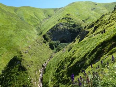 Errotzate, grotte d'Harpea - Ur eta Lur, Canyoning et Randonnée