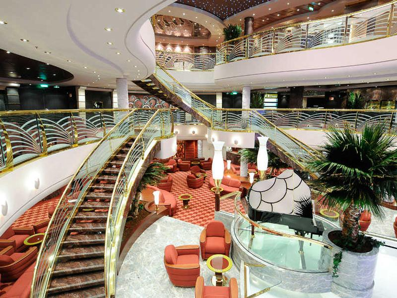 MSC_Magnifica-Lobby_6306