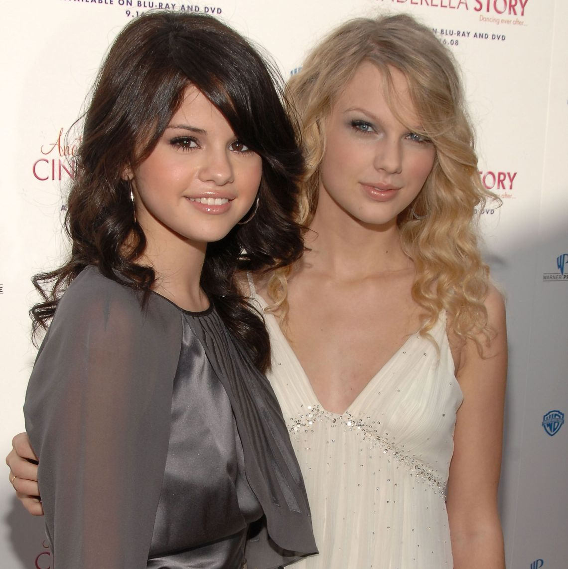 Download Selena Gomez and Taylor Swift's Complete 13+ Year ...