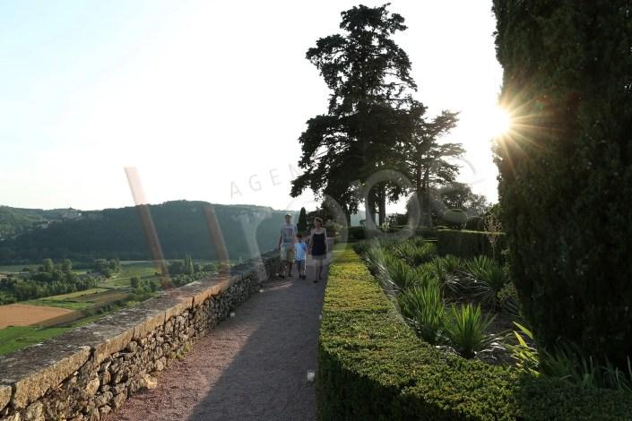 Image de soleil couchant au château de Marqueyssac