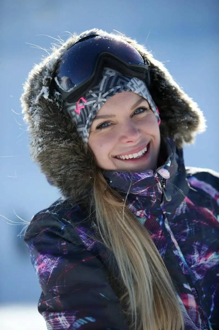 Portrait d'une femme au ski aux Ménuires