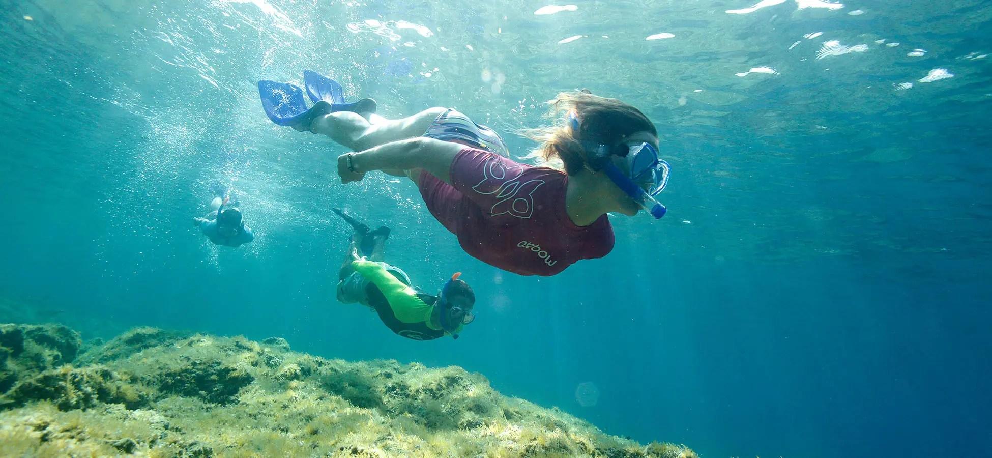 Photographie sous-marine avec caisson et figurants