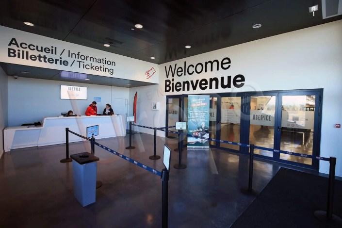 Photo de l'accueil de l'Aren Ice pour la communication visuelle de l'UCPA