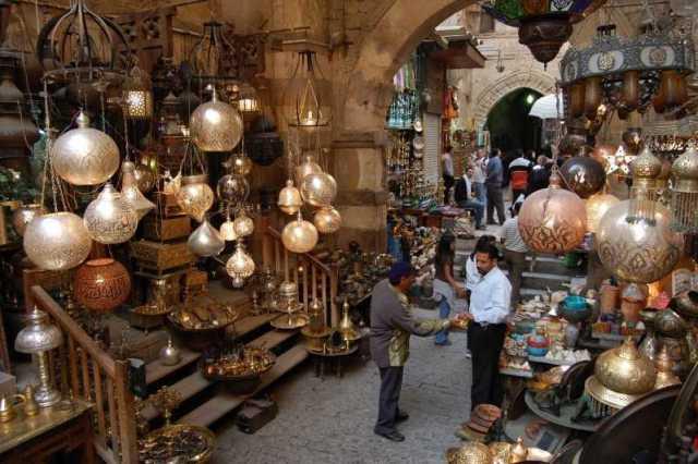 السياحة في القاهرة مصرر يعتبر خان الخليلي من اهم اماكن التسوق في مدينة القاهرة