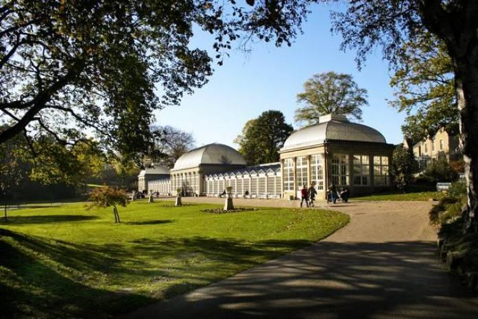 حديقة شيفيلد النباتية من اشهر اماكن السياحة في شيفيلد انجلترا