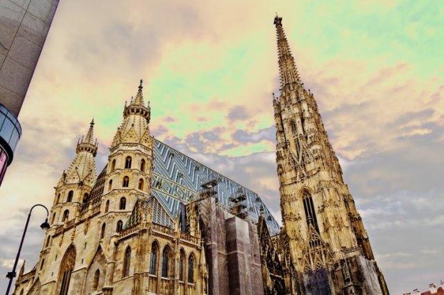 كاتدرائية سانت ستيفان من افضل الاماكن السياحية في فيينا