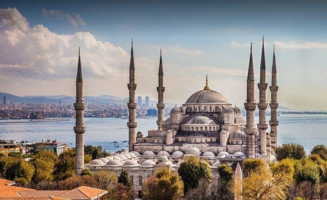 افضل 6 انشطة عند زيارة جامع السلطان أحمد اسطنبول - رحلاتك