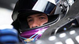 Changement de moteur pour Larson