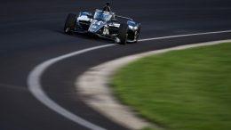 Sébastien Bourdais passe entre les gouttes à Indy