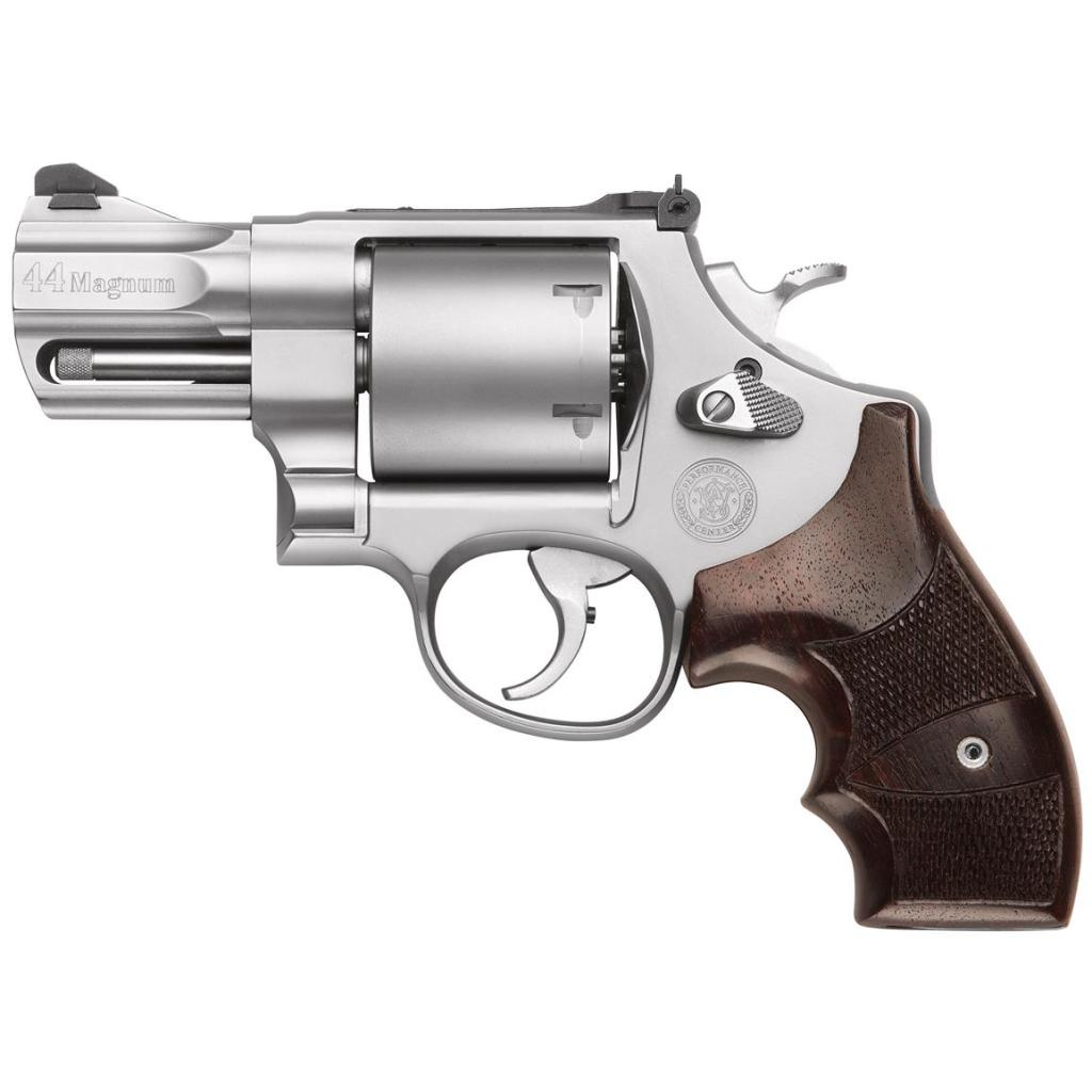 S&W 629 Performance Center 44 Magnum snubnose for sale. 2.7 inch barrel and a mighty punch.
