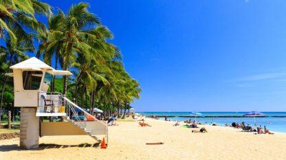 Der traumhafte Strand von Honolulu auf Hawaii.
