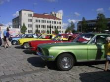 Ford Mustangeja Kauppatorilla