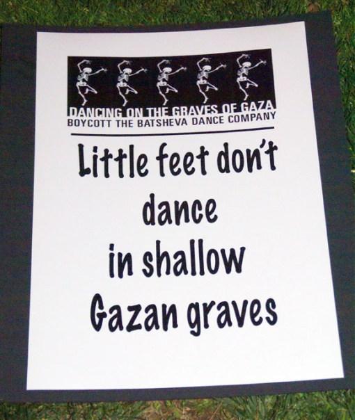 sign-little-feet