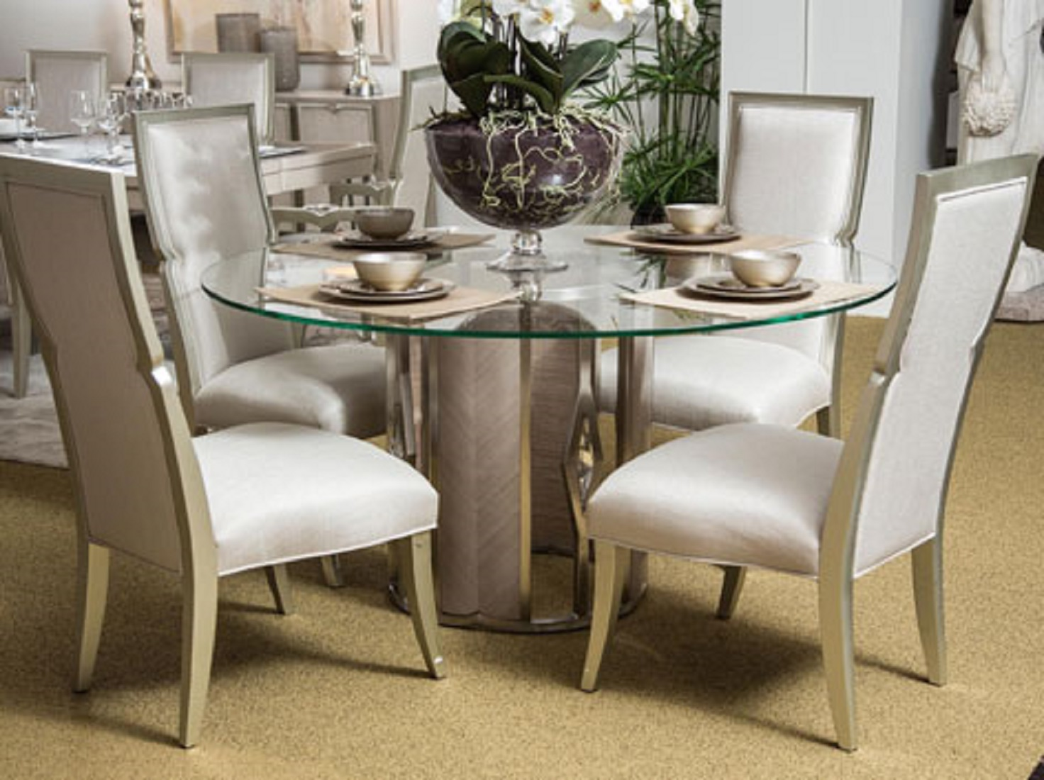 Aico Camden Court Formal Round Dining Table
