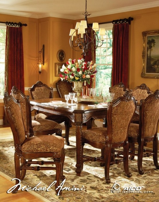 Windsor Court Counter Height Dining Set