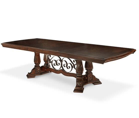 Windsor Court Dining Table
