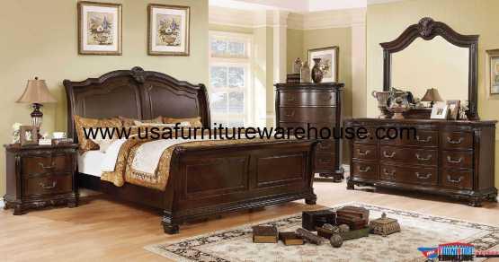 Isidora Sleigh Bedroom Set Brown Finish