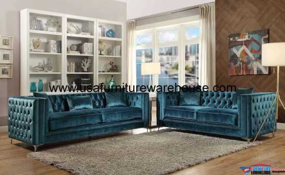 Acme Gillian Sofa Set