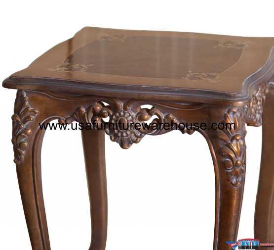 Maggiolini End Table