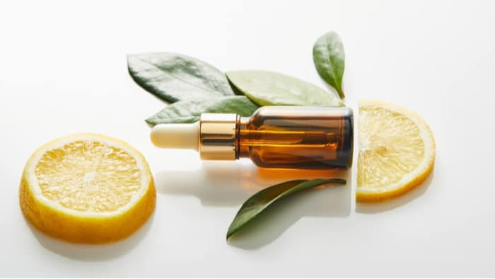 How to Apply Face Serum & Why It Is Perfect Under Foundation