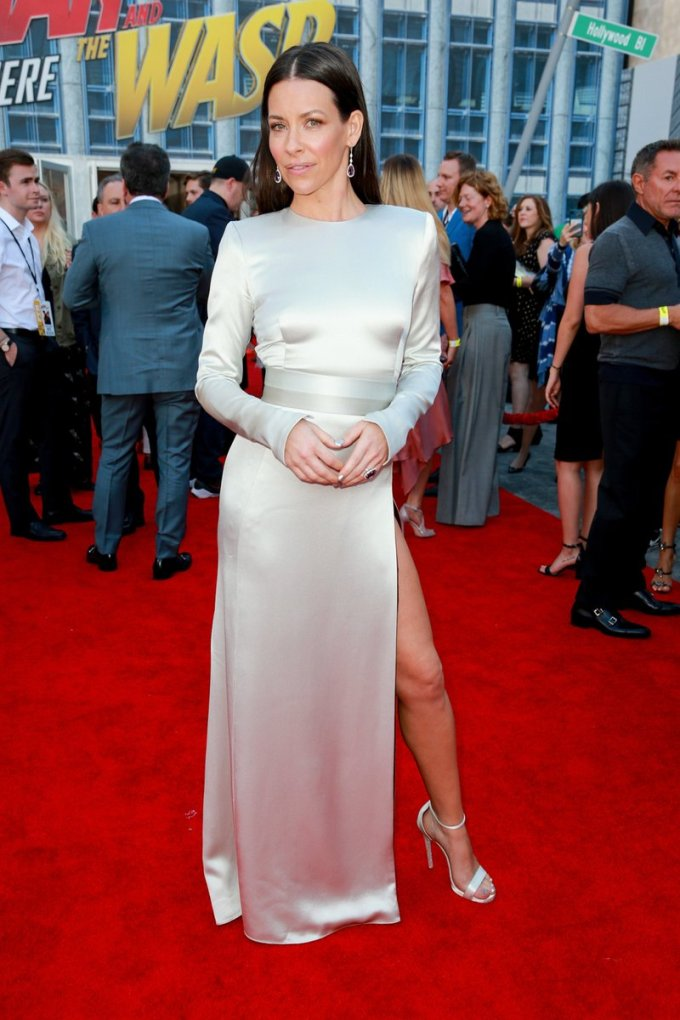 Evangeline Lilly Body