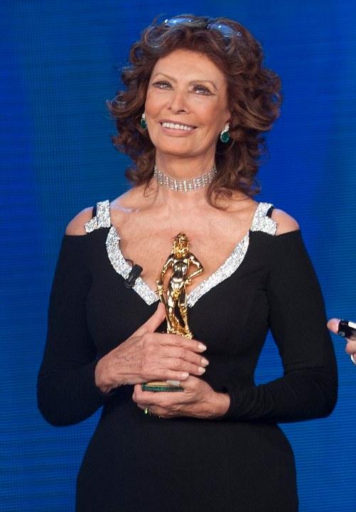 Sophia Loren Height