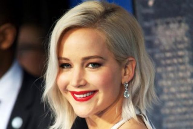 Jennifer Lawrence weight, Early Life, Career, and Net Worth