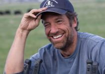 Mike Rowe Net Worth 2020, Biography, Career and Personal Life