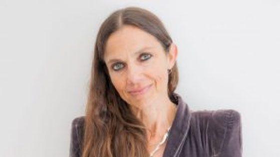 Justine Bateman Net Worth 2019