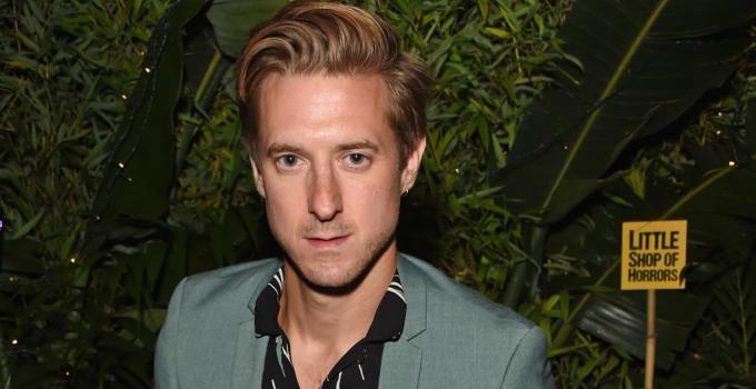 Arthur Darvill Net Worth 2021, Early Life, Career, and Net Worth