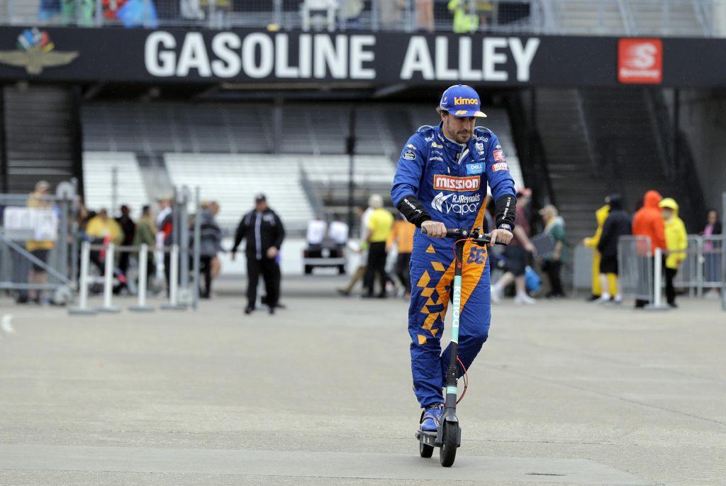 Andretti: Lázasan dolgozunk Alonso szerződtetésén
