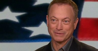 A Real Hollywood Hero Is Recognized! Actor Gary Sinise Is Awarded AUSA's Top Honor For Public Service