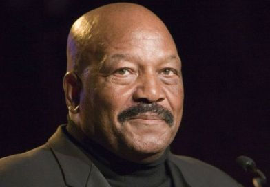 Patriotic NFL Legend Jim Brown Just Sacrificed EVERYTHING With What He Said About Trump