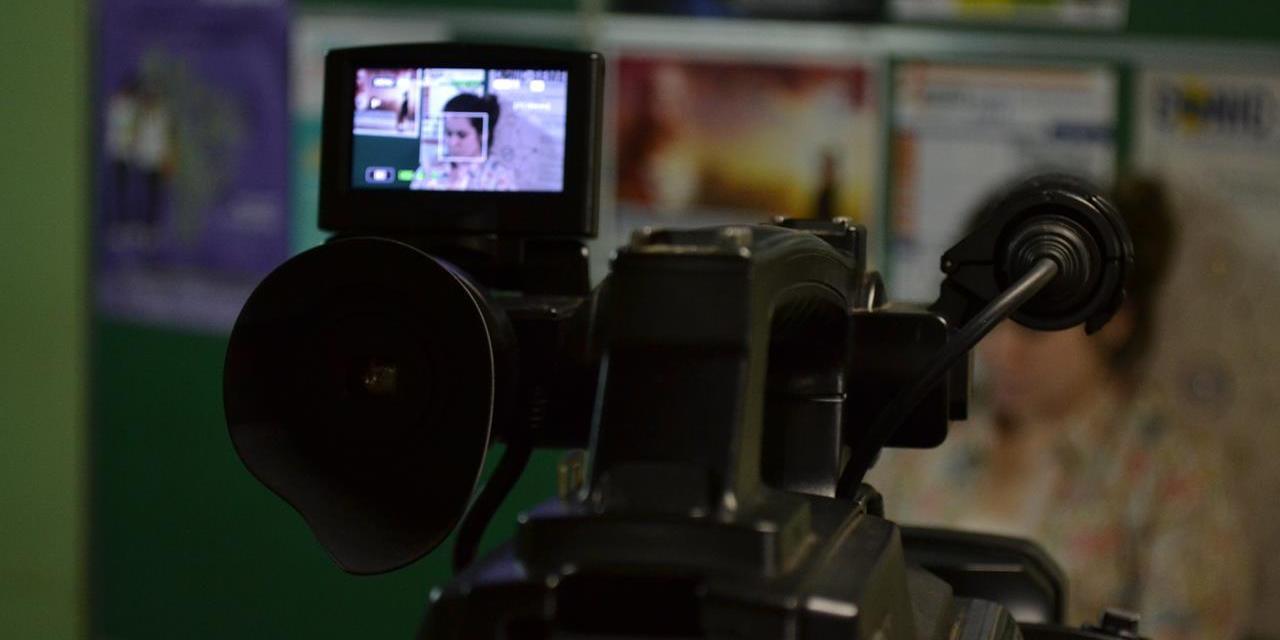 Alunos de jornalismo apresentam VTS para a disciplina de TV