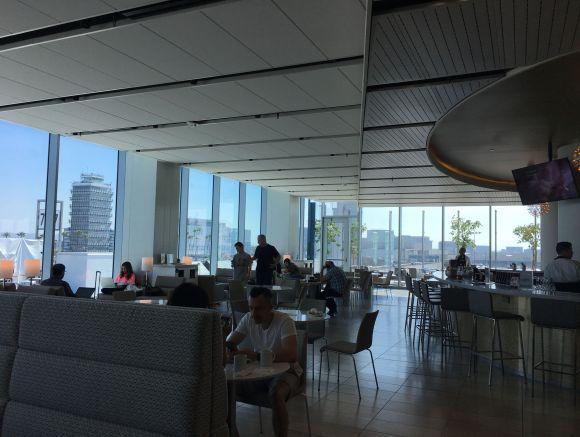 LAX United Club 洛杉矶机场休息室体验