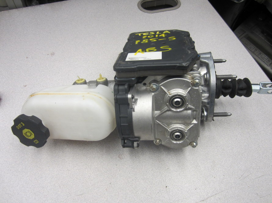 Tesla Brake Booster P85 S Used Auto Parts Mercedes