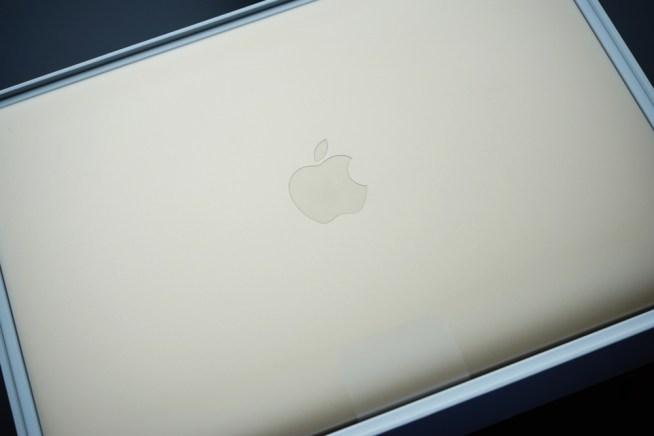 Mac開梱時
