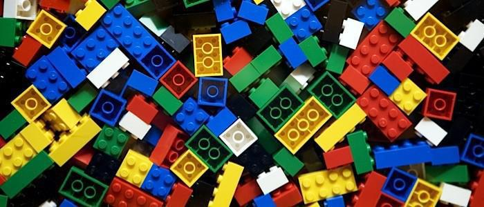 Lego pieces: When do they lose their clutch power?