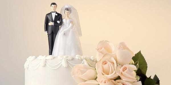 What percentage of divorced couples remarry the same person?