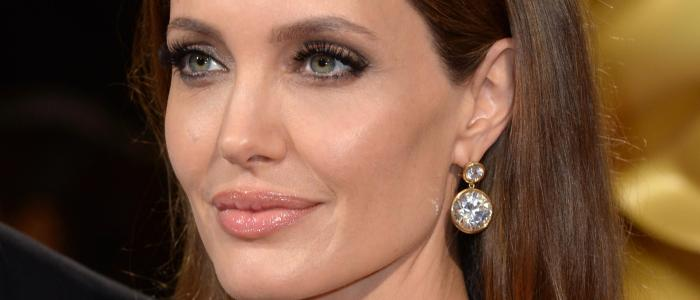 Angelina Jolie: 90 things you didn't know about the actress! (List)