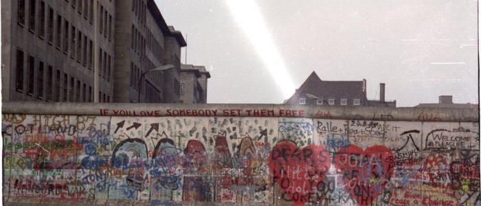 The Berlin Wall Trivia: 36 unknown facts about the historic barrier!