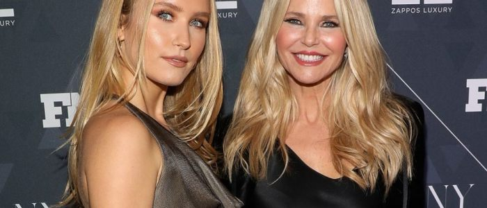 Christie Brinkley trivia: 84 facts about the American model and enterpreneur!