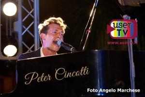 Piano_PeterUserTv